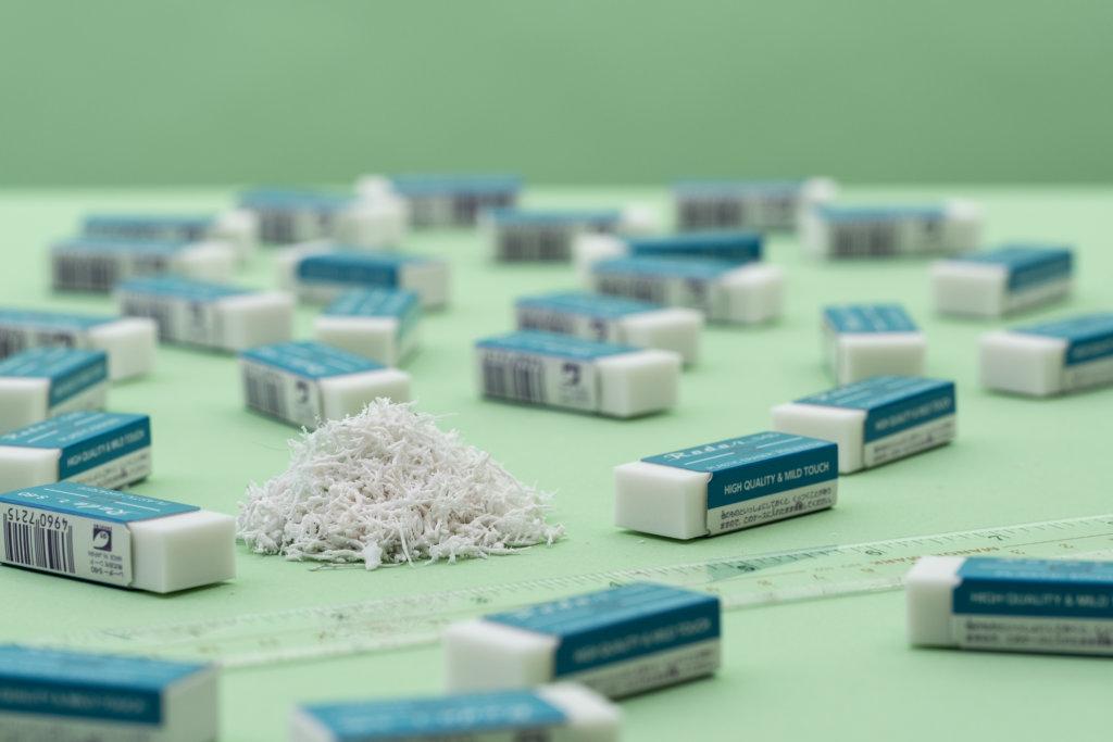 自製擦子膠碎屑