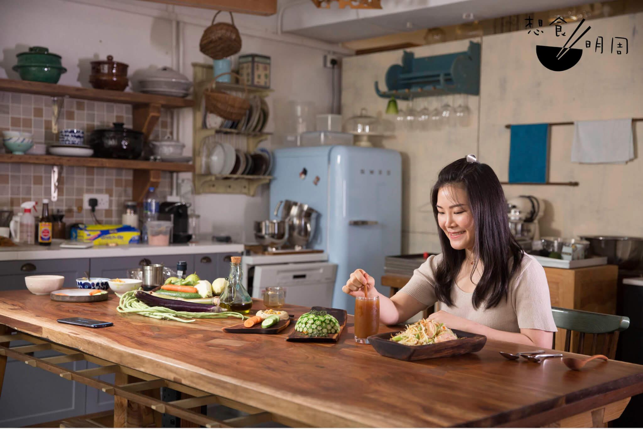 烹飪導師Susu平日主要製作包點,今次就嘗試用本地食材,透過簡易做法炮製成各類餐點。