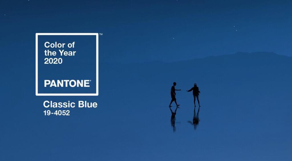永恆不朽的「經典藍」,海洋般溫柔。