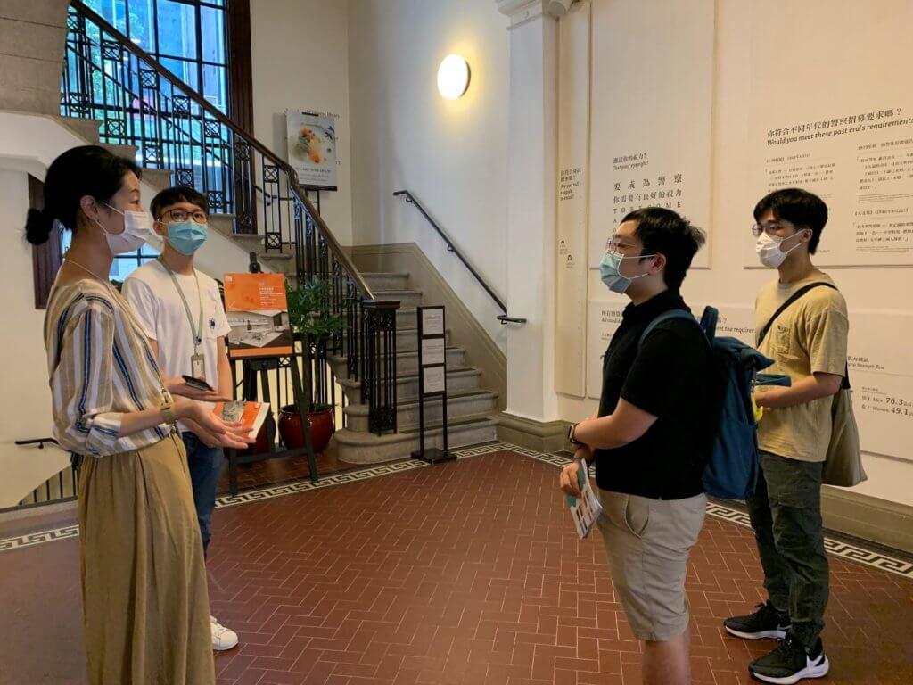 年輕作曲家周子騫(右一)和廖梓丞(右二)早前到大館搜集資料,為他們的新曲尋找靈感。
