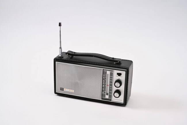 香港製造的Mino牌原子粒收音機