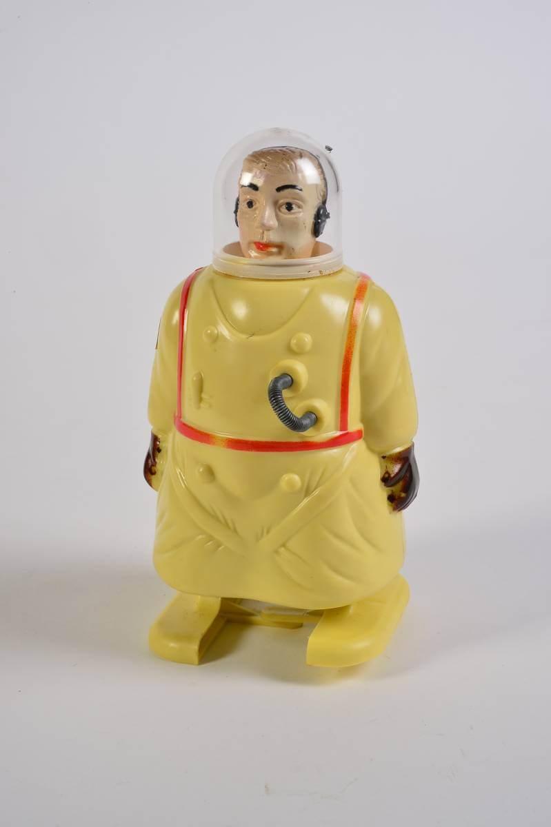 開達集團太空人玩具