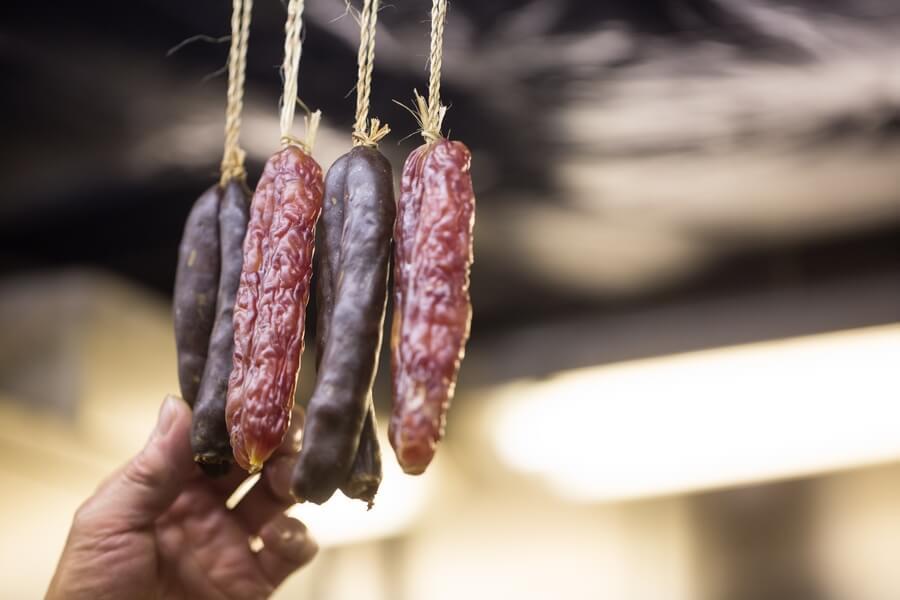 中環「蛇王芬」教煮:如何用氣炸鍋做出脆皮臘腸?