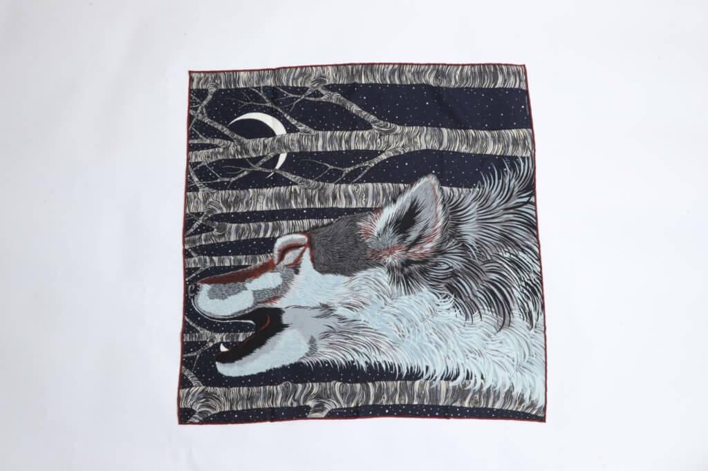 全新Hermès 羊毛圍巾($3,000)