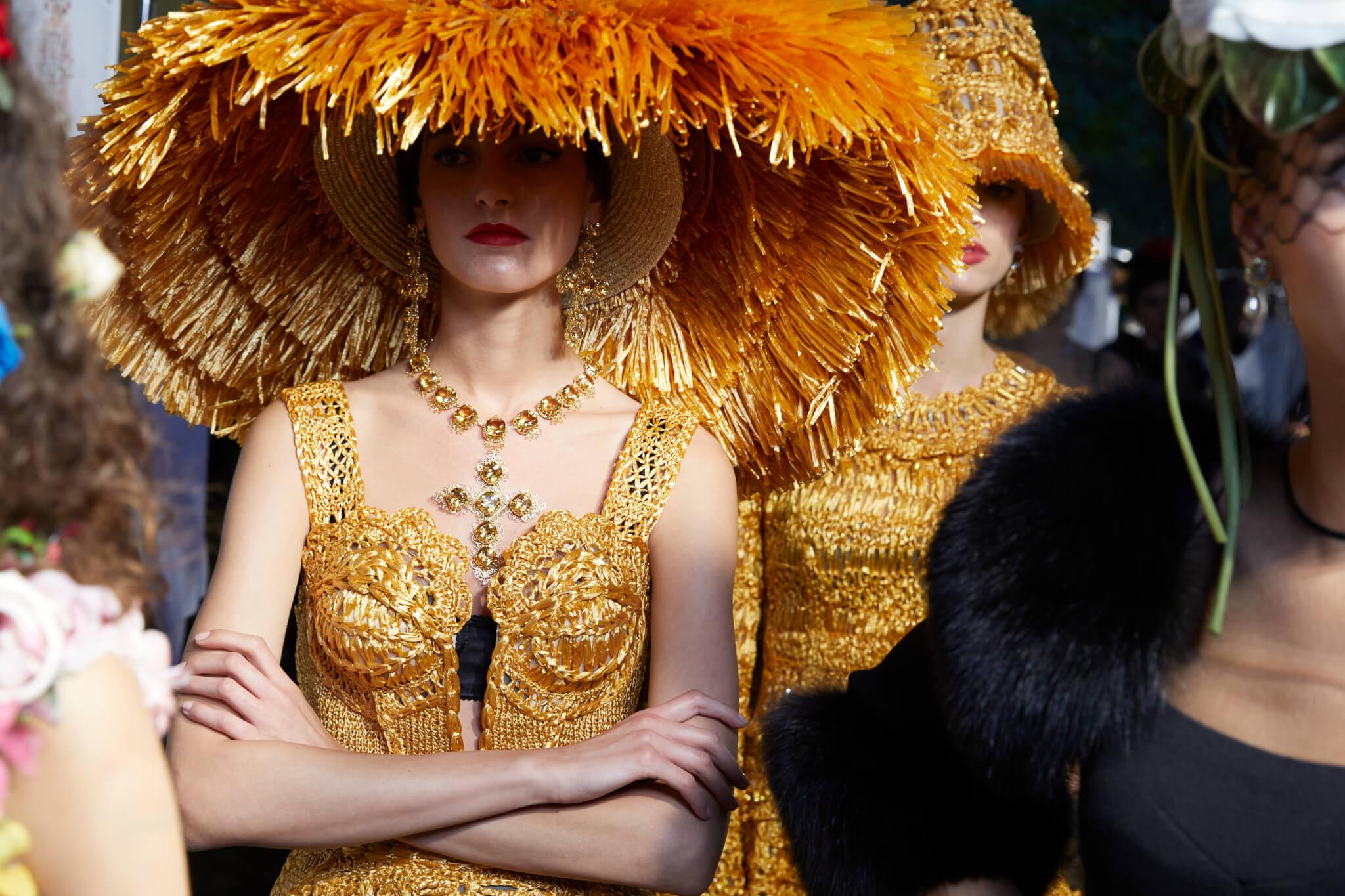 品牌向來重視人文元素,服飾設計均洋溢着意大利傳統的工藝美。