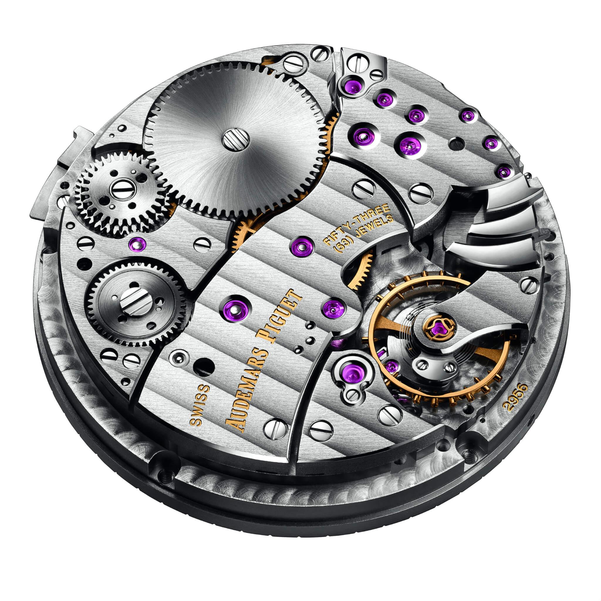 2956機芯報時裝置的3個音錘位於擺輪右側,清晰可見。