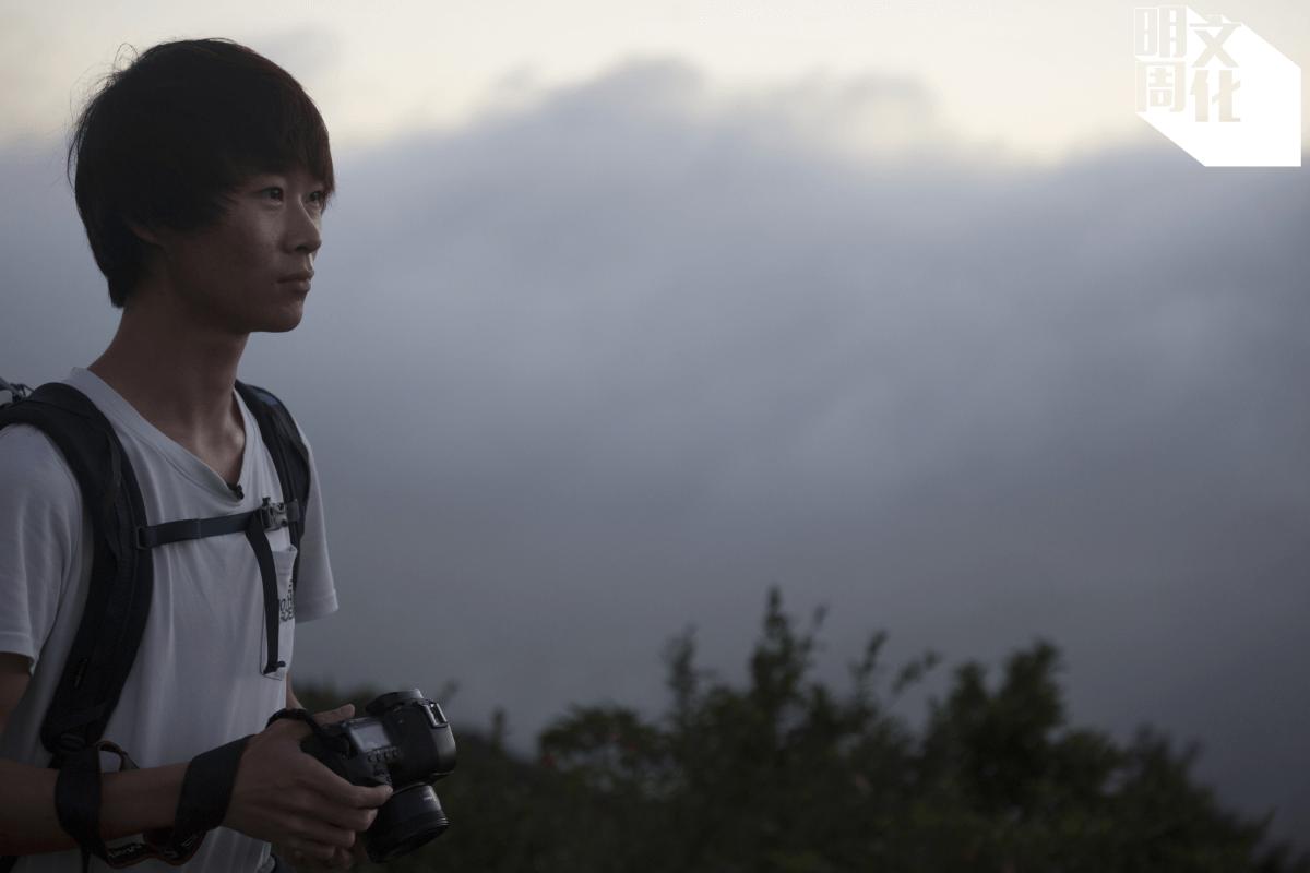 二十四歲的袁斯樂(Kelvin Yuen),最近獲得2020國際年度風景攝影師大賽全球冠軍。