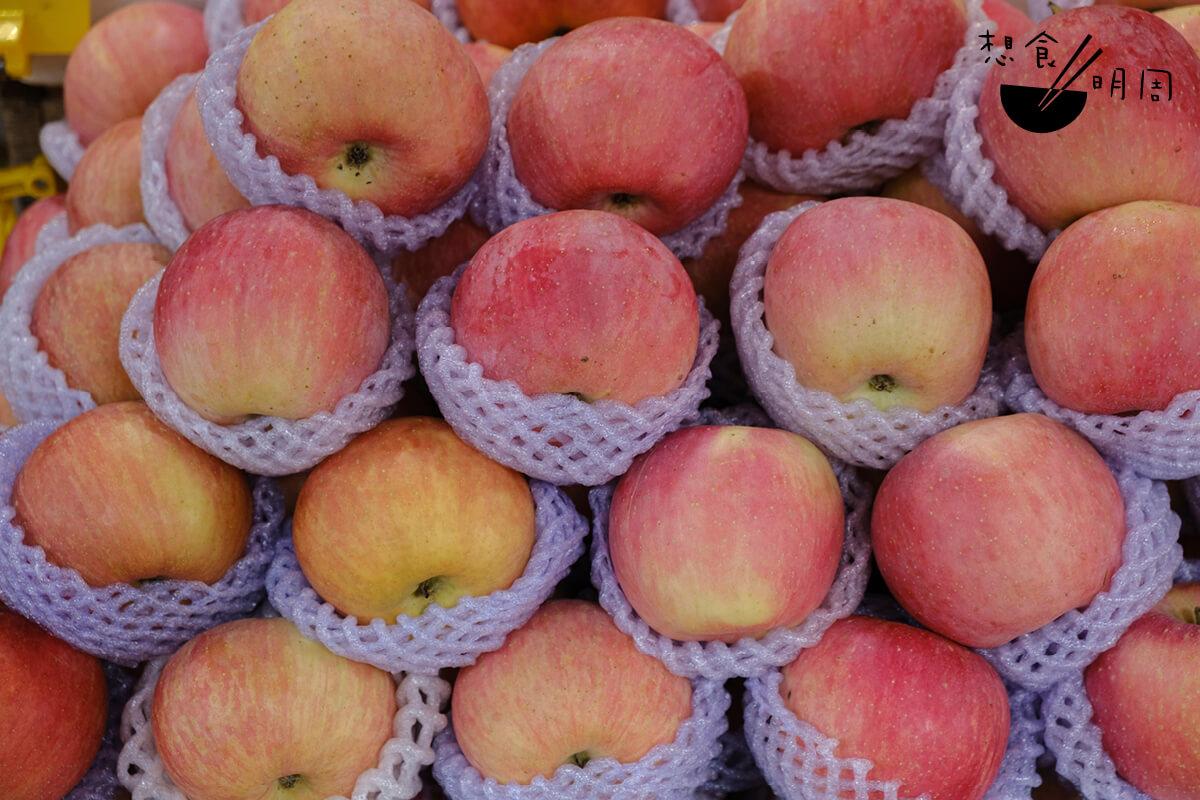 平叔所種植的富士蘋果,連居港日本人都讚好!