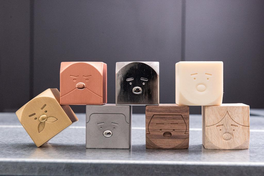 「方家」積木採用不同物料製造,其獨特觸感和香氣有助鎮定及紓緩情緒。