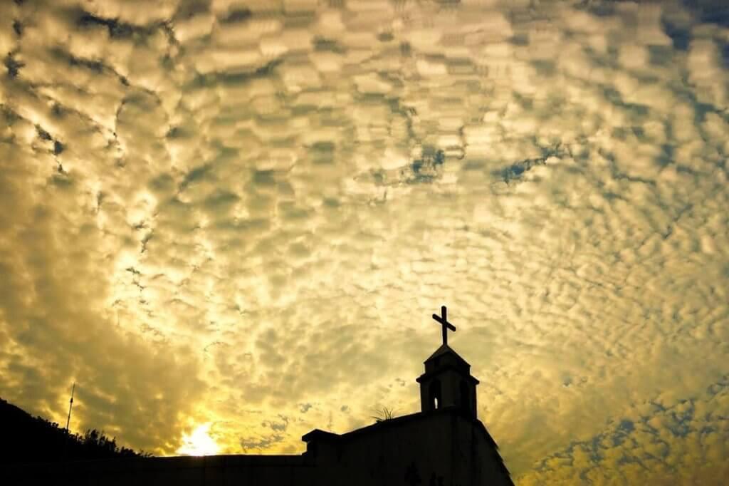基督教堂是看日落的好地方。(圖片來源:鞍山探索館)