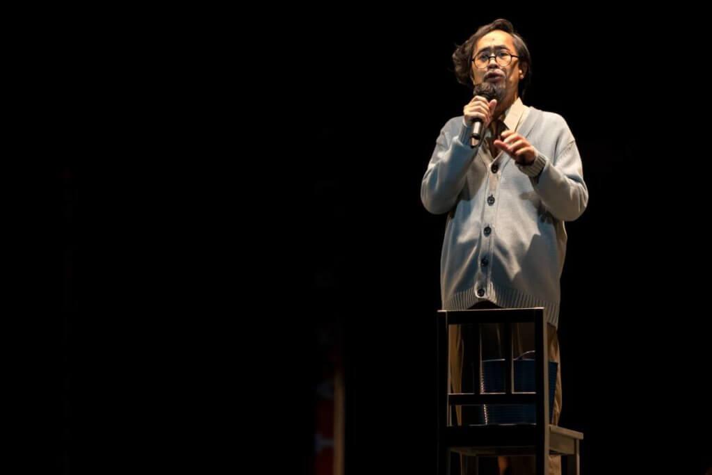 陳曙曦除了擔任劇作導演,也有份參演教授一角。(攝影:snap_shot_sammy)