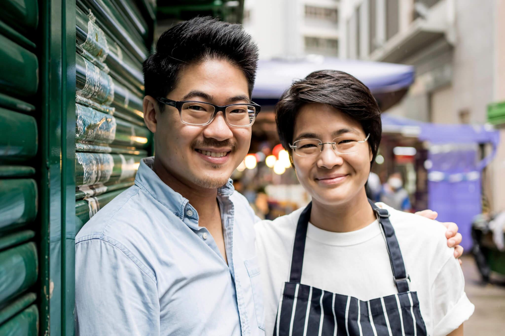 Tiff Lo(右)掌勺,弟弟Ramon(左)負責設計餐廳裝潢。