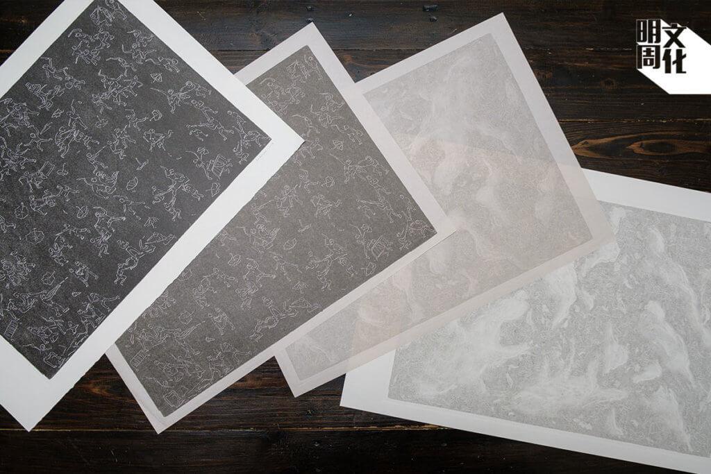 他以版畫形式創作,先在膠板漆上油墨,刻畫線條,再用 版畫機印出。塗一次油墨,將同一個衝突畫面重印五次, 顏色一幅比一幅淡,最後在電腦合拼成完整作品。