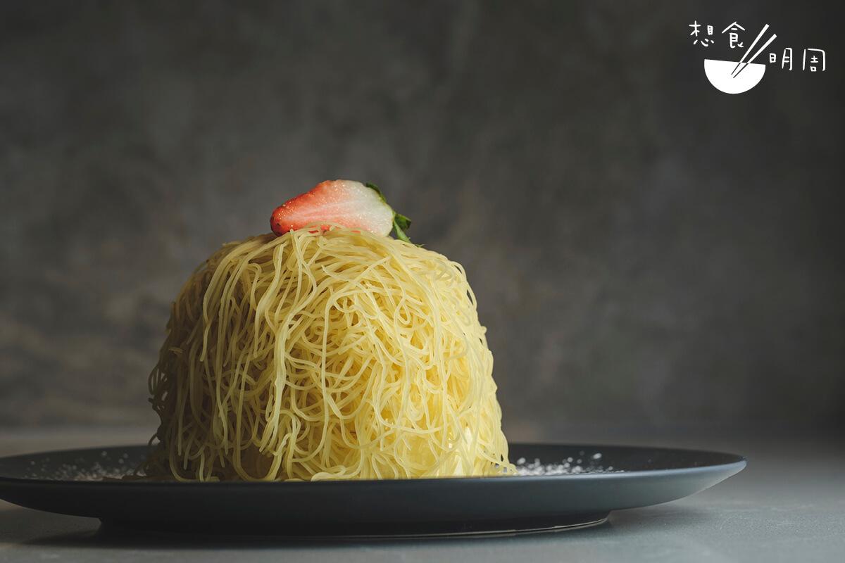 甜薯沙織// 除了「和栗」外,店內亦有供應由日本甜薯製成的「沙織班戟」。