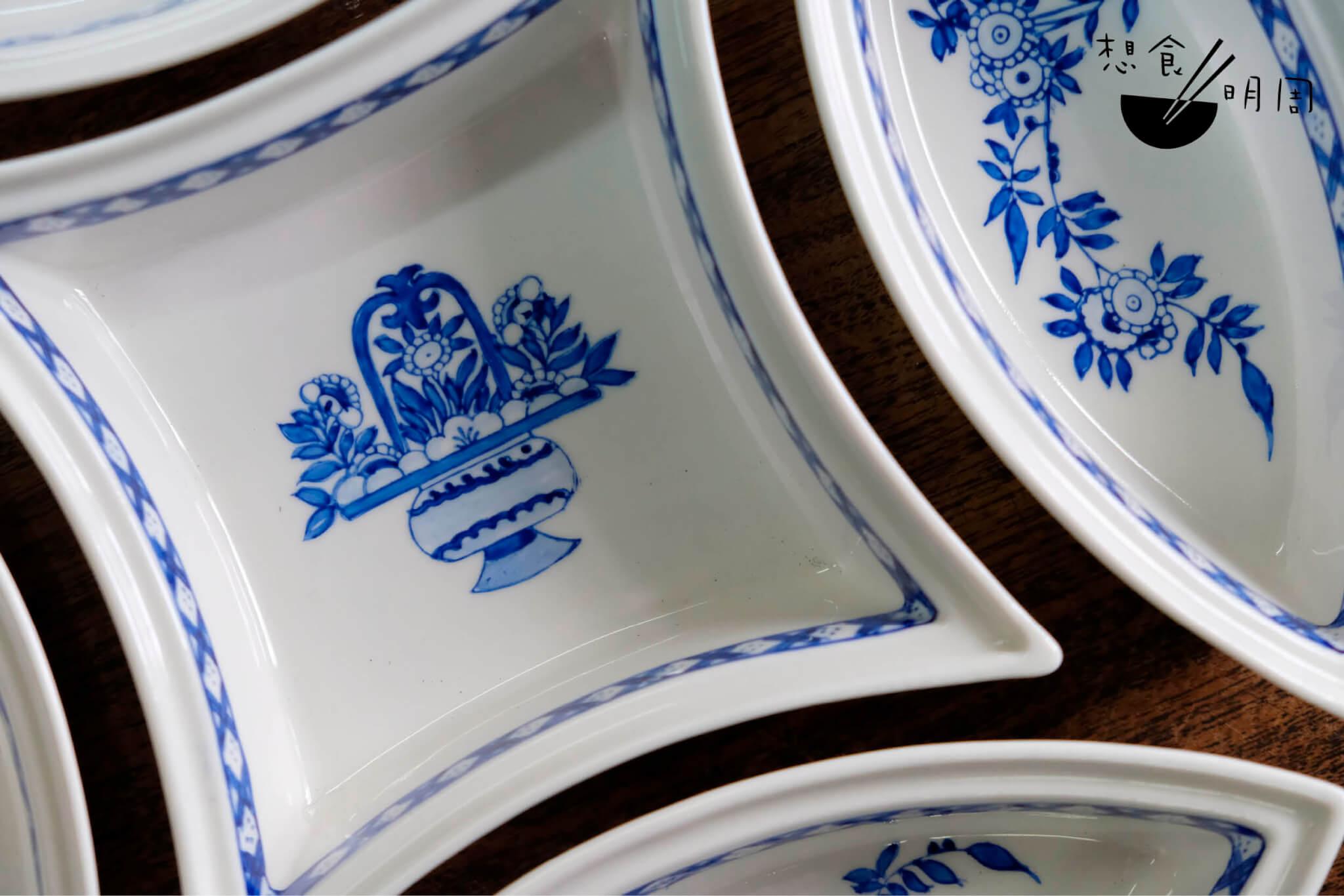 粵東磁廠今年少量製作了一些彩繪督花五子圍盤。所謂「督花」其實是行內用語,指的是當年為港督麥里浩夫人繪製的百年前英國Hogarth仿造圖案。