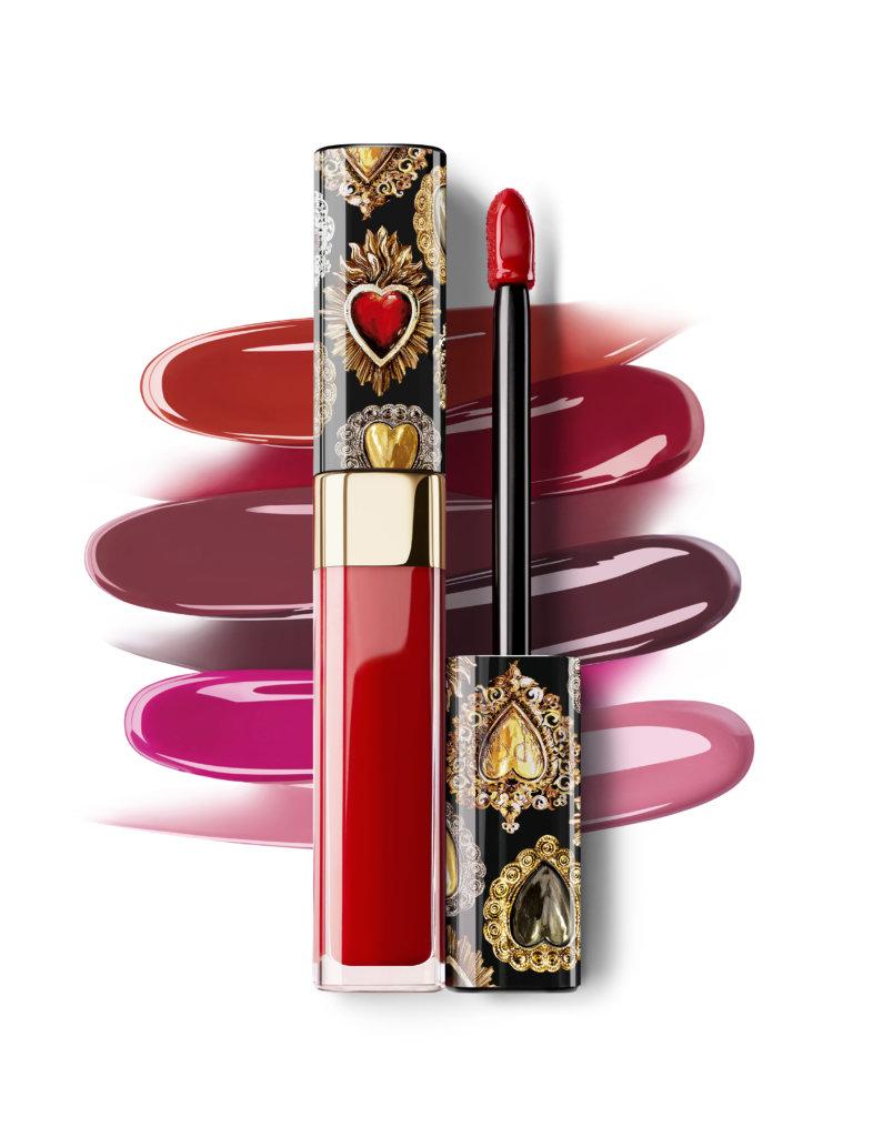 DOLCE & GABBANA BEAUTY SHINISSINO水潤炫彩唇釉 $370 想要性感、具光澤感的雙唇,可以試試SHINISSINO唇釉,它的配方增強了光澤,高顯色度之餘也有炫彩效果,畫出激情和性感;而唇釉含有的橄欖油、無花果提取物和透明質酸,就可以為雙唇提供滋潤效果。