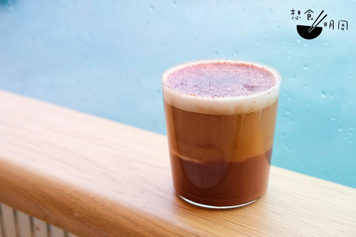 來到Cupping room,又怎能不喝一杯加入了casa cacao朱古的的Mocha?($60)