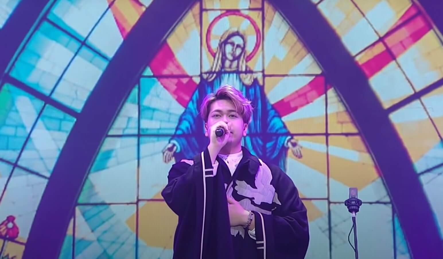 第二屆《造星》總決賽參賽者Hugo表演自己創 作的歌曲〈山下見〉,切中時弊,感動不少人。