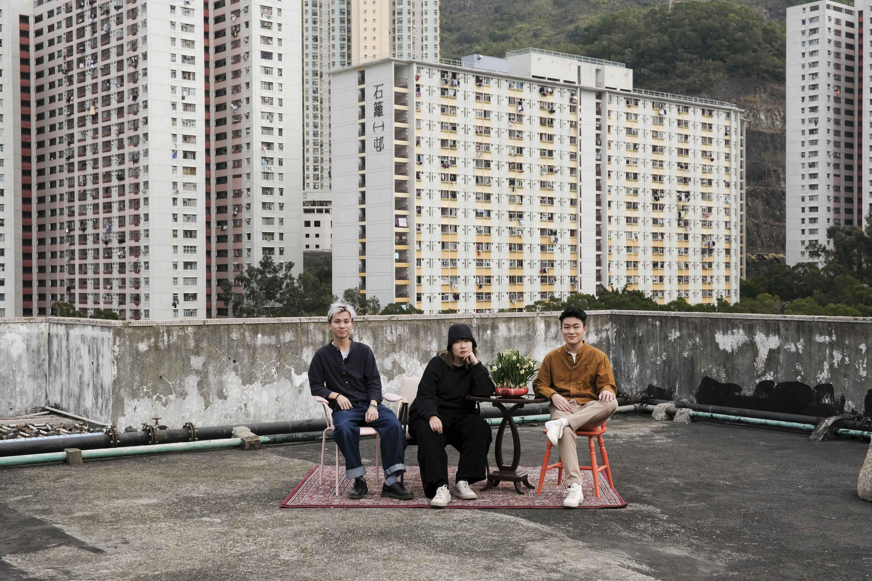 POINT STUDIO主理人Gary、Ip Siu與Victor,三人均於香港理工大學時裝設計學系畢業。