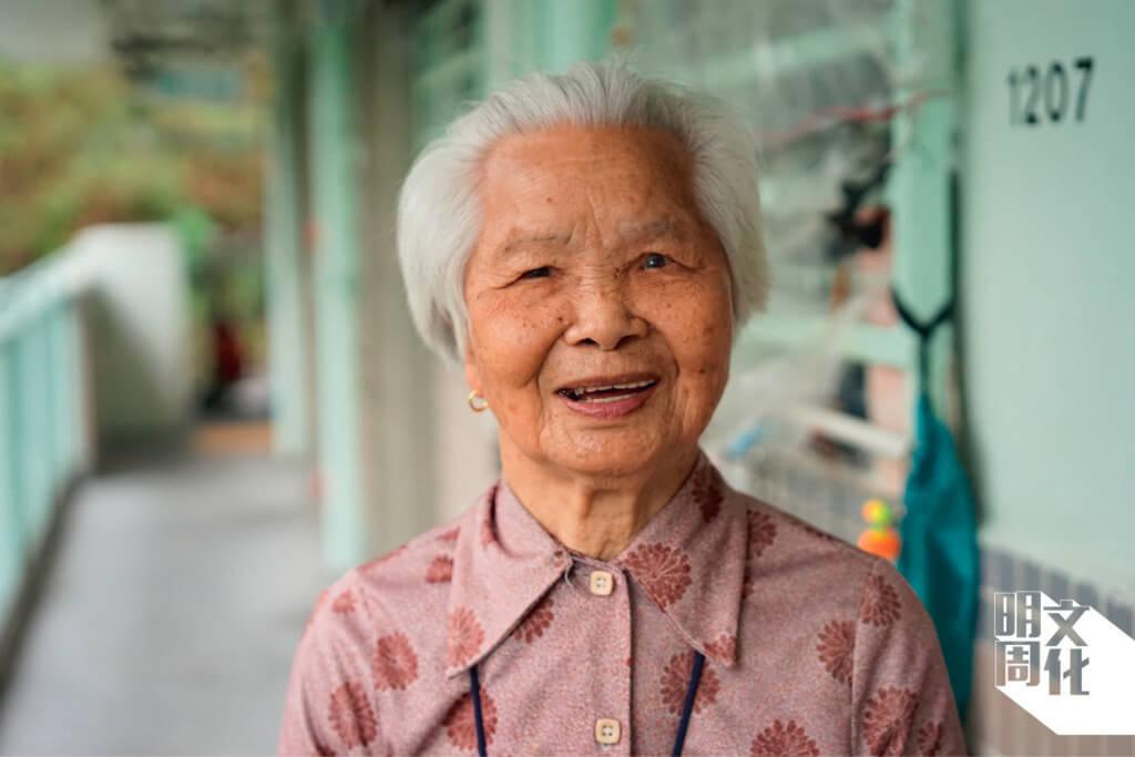 PROFILE:陳愛卿,一九二七年生,一九六七年入住西環邨至今。