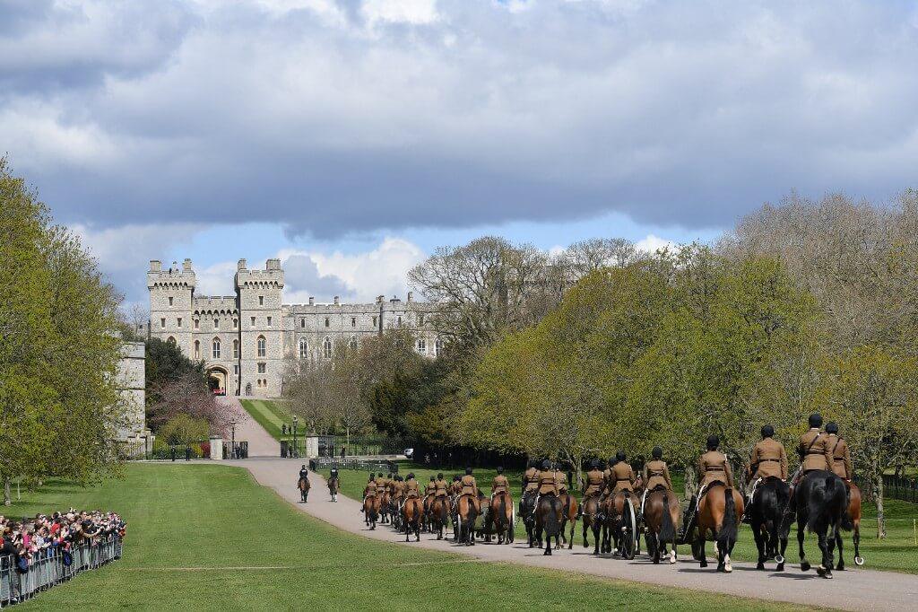 英國御林軍已到抵溫莎堡準備禮葬希臘親王