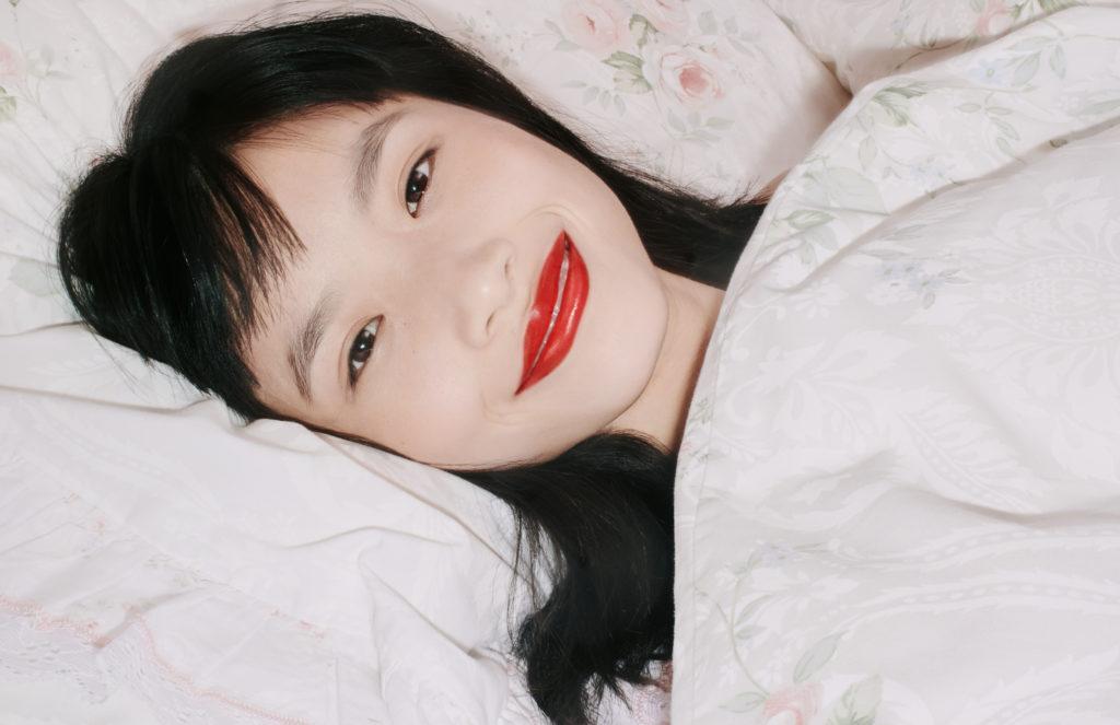 gu697_rouge-de-beaute-brilliant-lipstick_digital-campaign_press_crops_300dpi_01