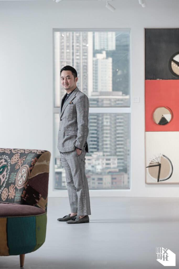 許劍龍(Calvin),企業家、收藏家、二○ 一一年設立3812畫廊,二○一八年創辦「水墨現場」,欲把當代水墨推向國際。