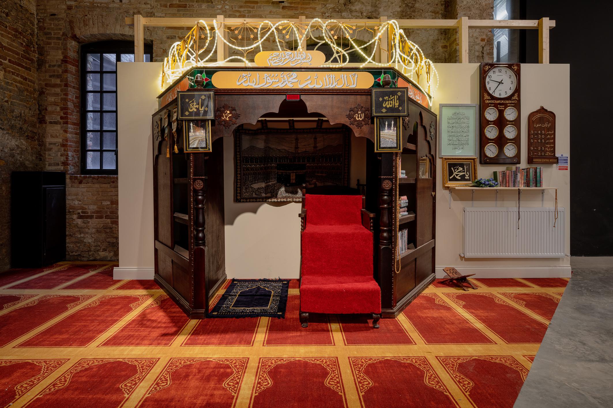場內還原一比一的清真寺