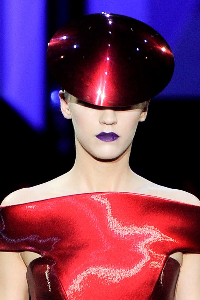 gab_2021-lip-maestro-the-original-collection_ss11-runway_3