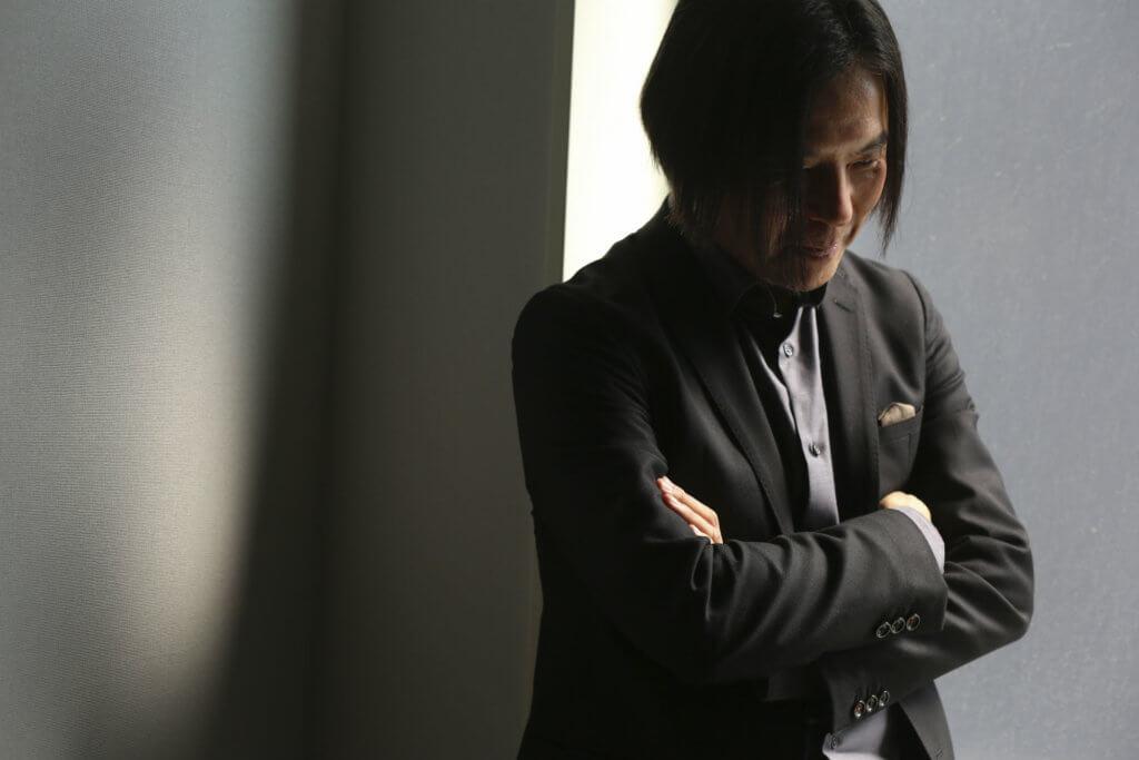 今天的Tayama先生將三十年以來的經典結構再重組,繼續追求當初的熱情。