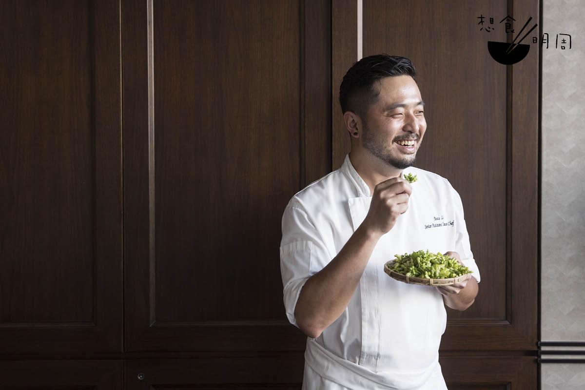 李家鋌(Bosco)回憶說,由於夜香花味道不重,故建議配搭味道類近的食材,如瓜果、海鮮、蘋果蓉等。