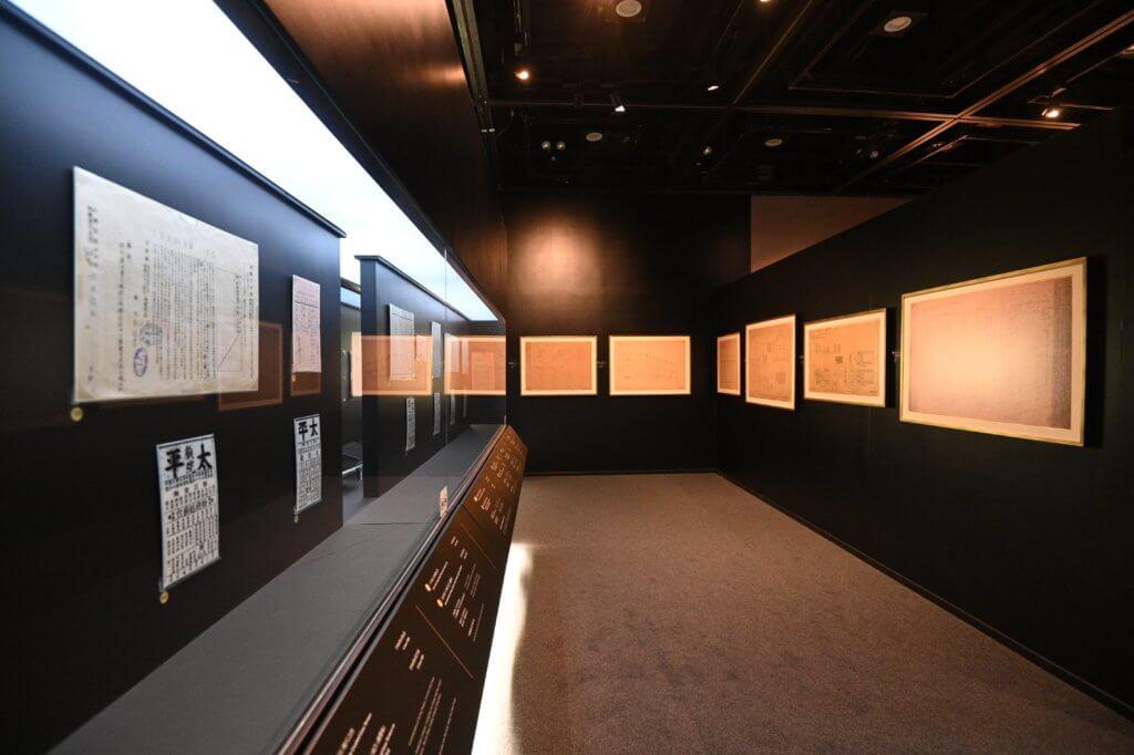 展覽內有多件珍貴文物。