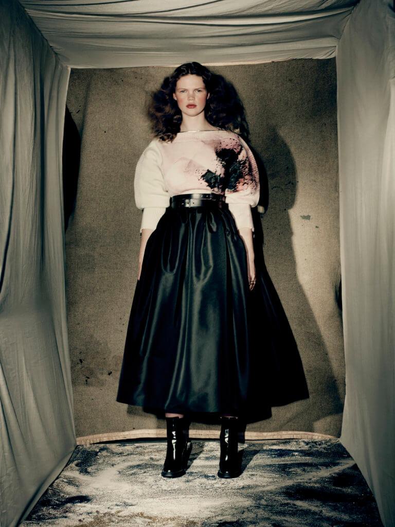 alexander-mcqueen-aw21-womenswear-collection_6