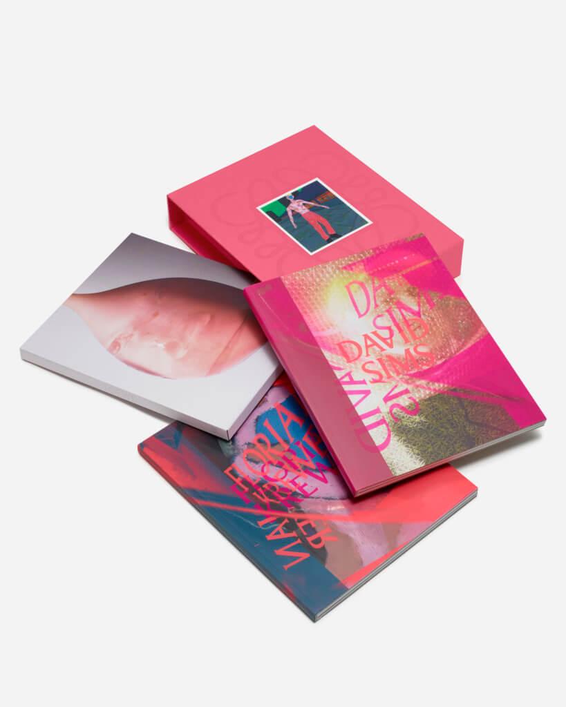 loewe_ss22_making_of_books_f006_0110