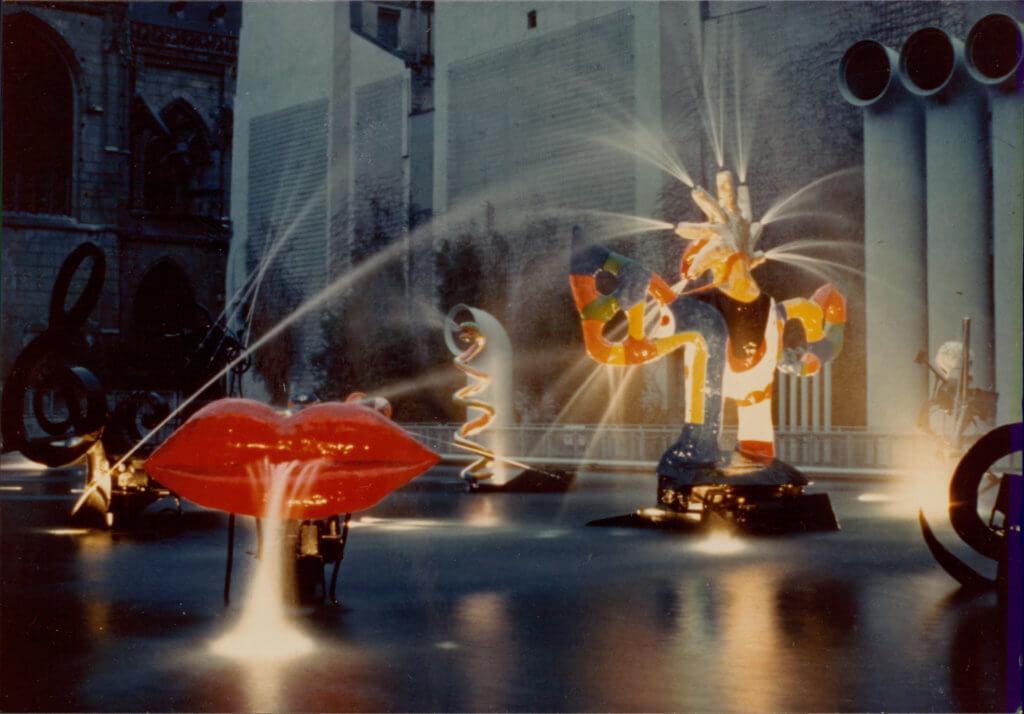 ndsp_ps1_stravinsky-fountain