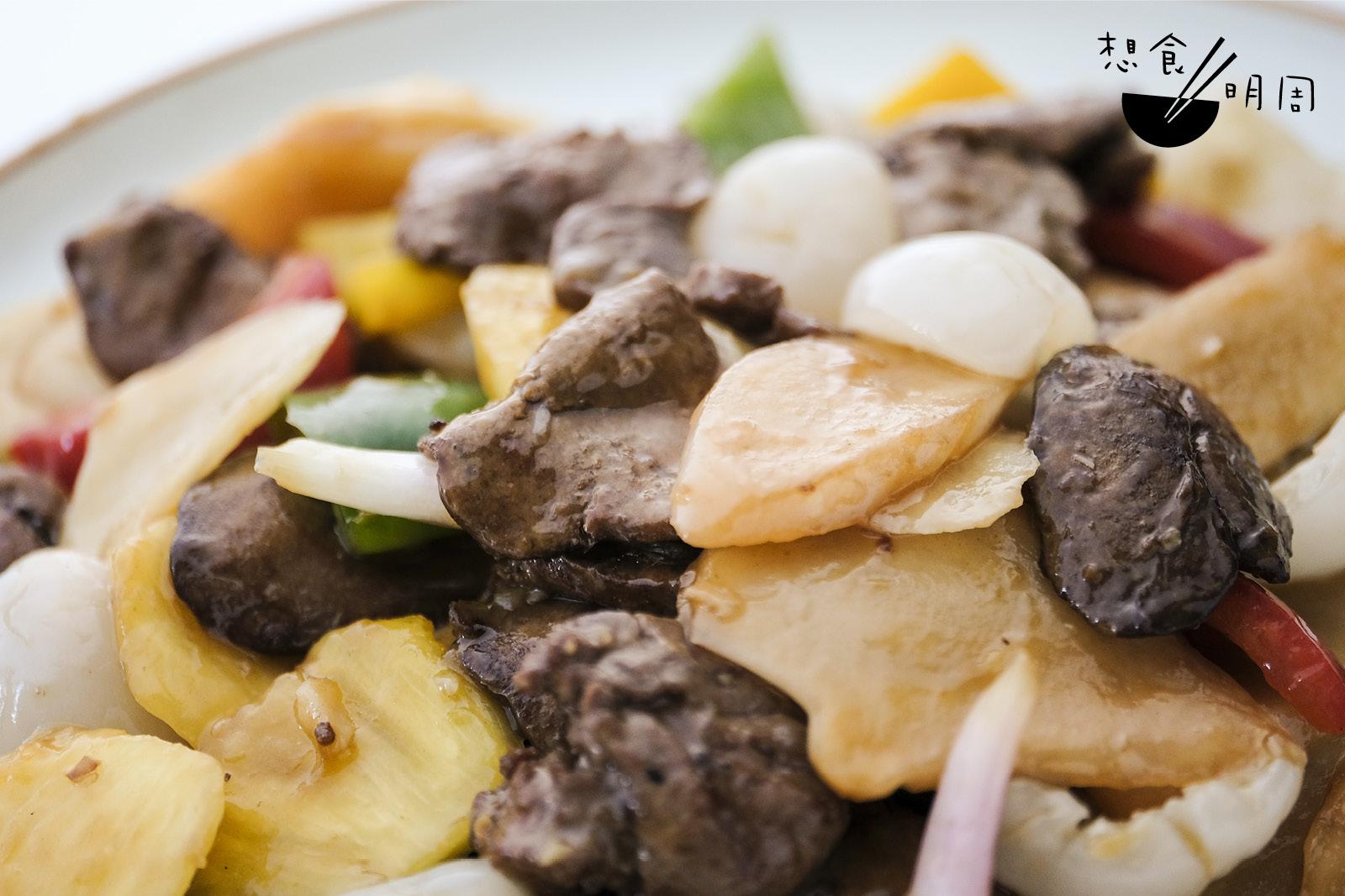 糯米糍荔枝的清香剛好中和雞肝的膩。
