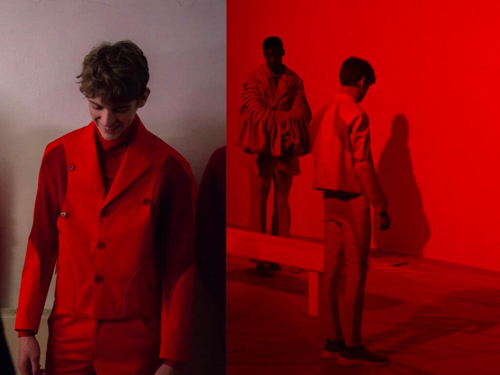Dexter在「Creative & Technical Innovation」(創意及科技創新)的課程單元設計了一襲紅色套裝,設計於去年12月的碩士生預演 (Lucifer)中亮相。
