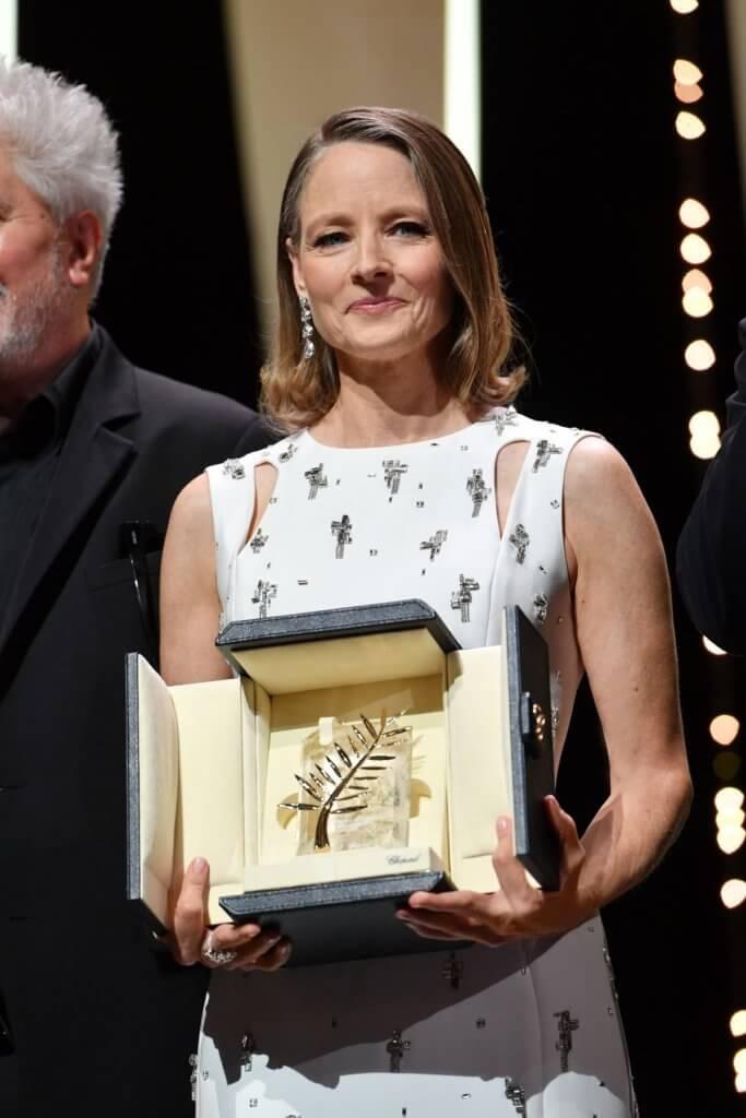 Jodie Foster近年演而優則導,以卓越的電影職涯獲頒2021年康城電影節終身成就獎。