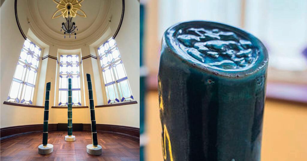 以虎豹別墅屋頂的舊瓦片製作的燈具。