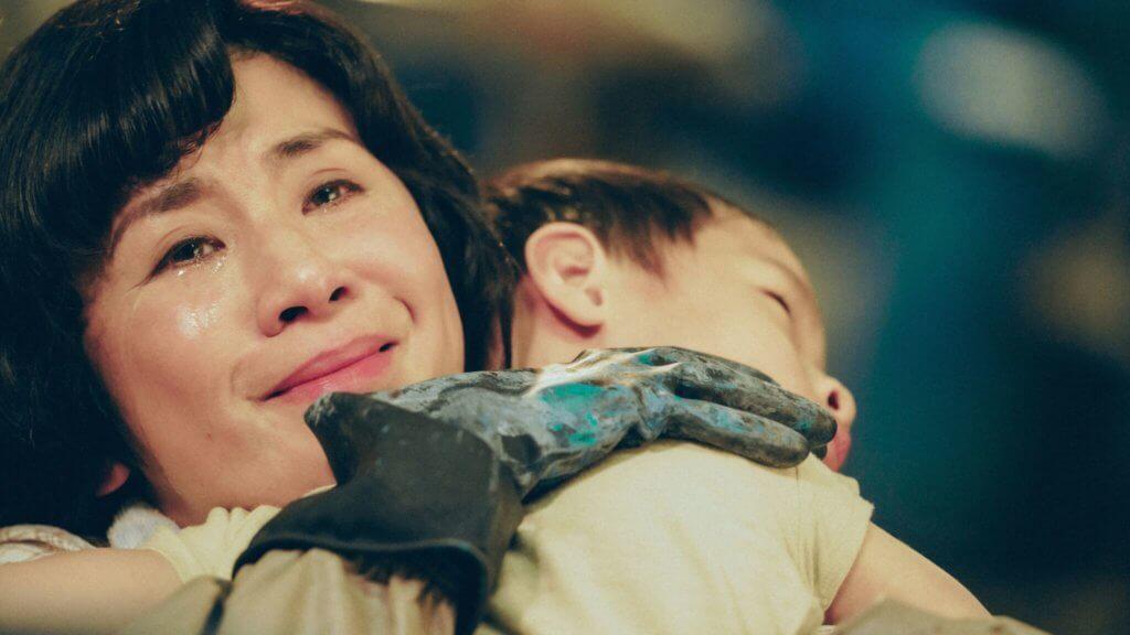 《媽媽的神奇小子》說的是一個不平凡的兒子跟不平凡的媽媽的故事,但我相信每一個媽媽,都會在蘇媽媽的角色中看到一點自己。(照片出處: 明報周刊網站)