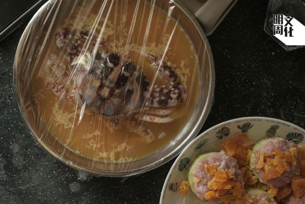 男朋友為阿晴炮製的花蟹蒸蛋