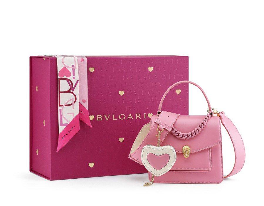 CHINESE VALENTINE'S DAY 禮品組合(Flamingo Quartz粉紅色)$31,000