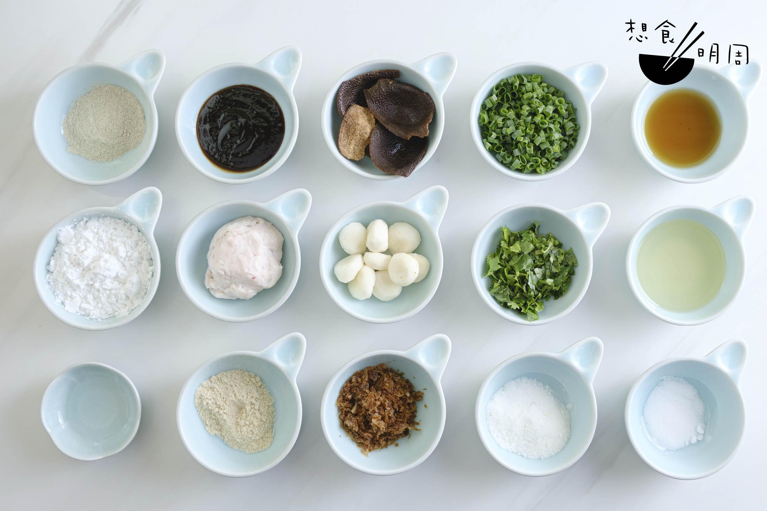 小小一粒牛肉球,都要由十多款配料及調味拌醃搓製。