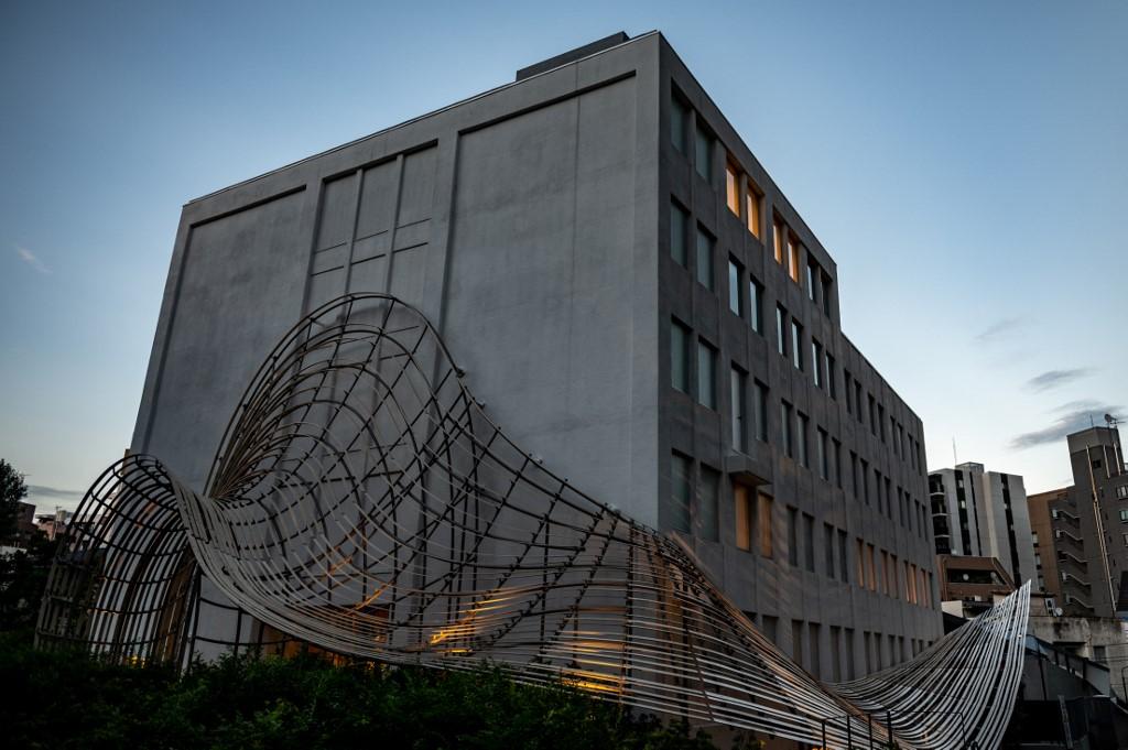 圖書館外貌,由隈研吾負責設計。