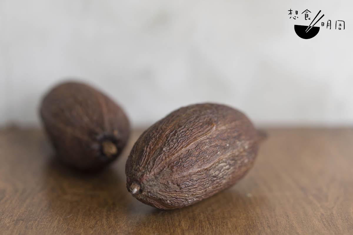 可可果渾身是寶,原本被扔棄的果肉,如今亦被看高一線,相信它在香港會愈來愈普及。