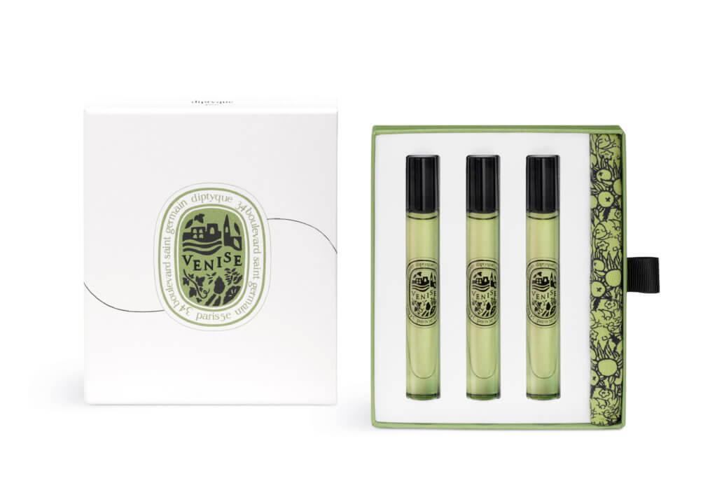 中途停留地 N°02 – Venise Le Grand Tour第二站將前往意大利威尼斯,這是diptyque創辦人十分熟悉的地方,神秘的柔美與多變的色彩讓人欲罷不能。限量版威尼斯淡香水套裝內附三支旅行裝,由Cécile Matton創作,配搭一款專為本系列設計的棉質收納袋,袋上有 diptyque經典裝飾圖案。