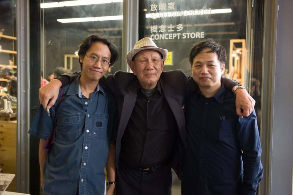 鄭政恆(左),蔡炎培(中)與鍾國強於放映會合影。