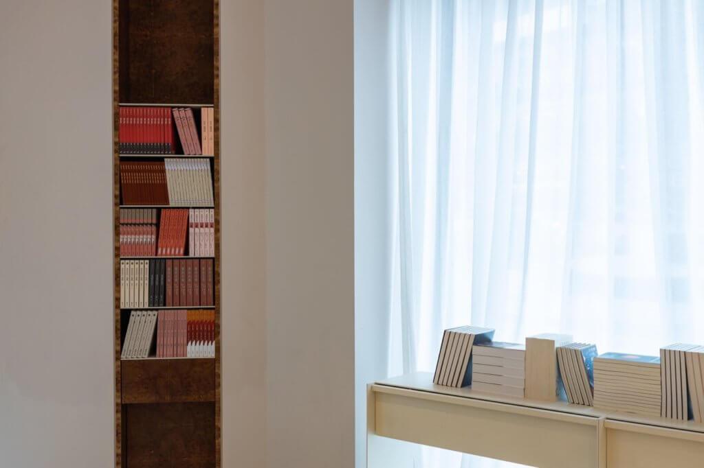 文學作品免費拿走,Aesop「酷兒文學圖書館」
