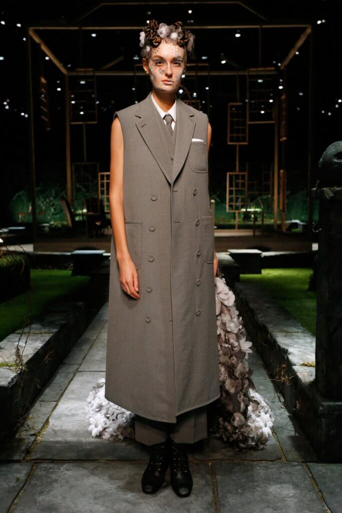 00014-thombrowne-spring-22-newyork-credit-thombrowne