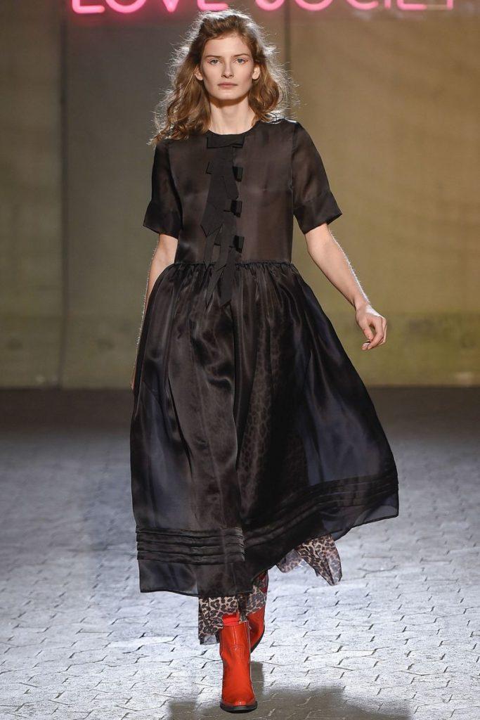 vein-ganni_senea-silk-dress
